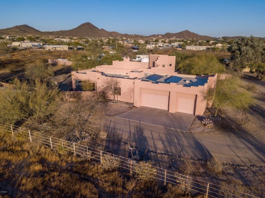 1748 W DESERT HOLLOW Drive Phoenix, AZ 85085 - MLS #: 5715075