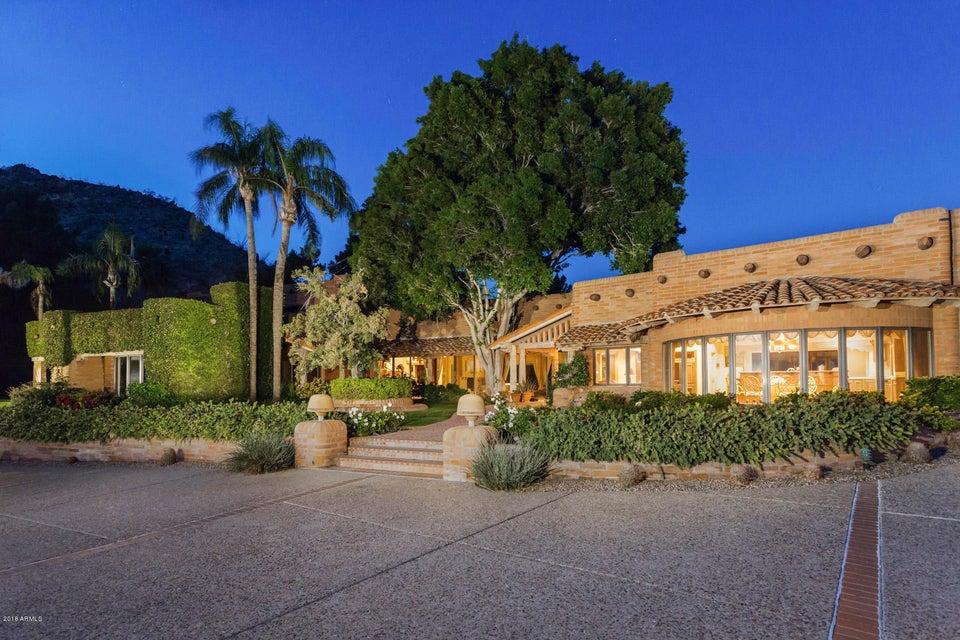 Частный дом для того Продажа на 4502 E Moonlight Way 4502 E Moonlight Way Paradise Valley, Аризона,85253 Соединенные Штаты
