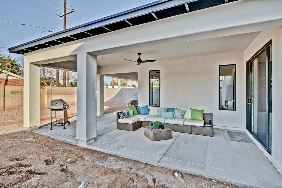 MLS 5720752 240 E ASHWOOD Place, Phoenix, AZ 85012 Phoenix AZ Alhambra