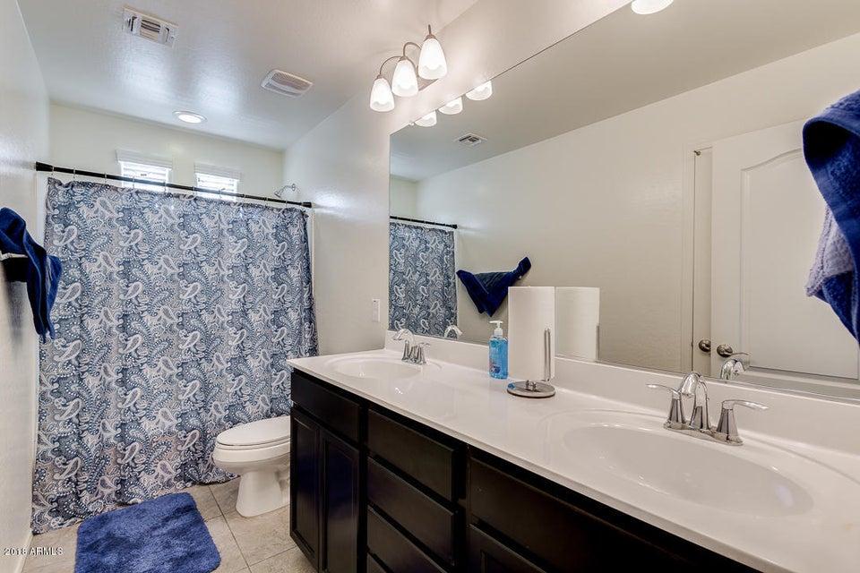 2710 E HICKORY Street Gilbert, AZ 85298 - MLS #: 5715669