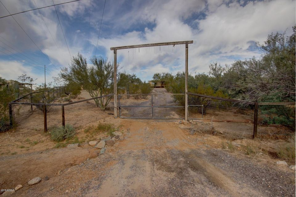 MLS 5716032 1740 E JOY RANCH Road, Phoenix, AZ Phoenix AZ Equestrian