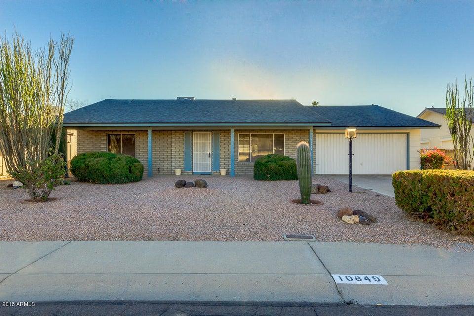 Photo of 10849 S SHOSHONI Drive, Phoenix, AZ 85044