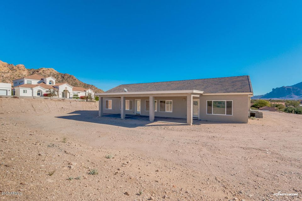 203 E SADDLE BUTTE Street Apache Junction, AZ 85119 - MLS #: 5716307