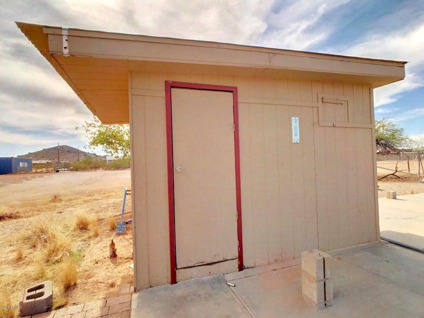 MLS 5716808 1559 W BONNIE Lane, Queen Creek, AZ Queen Creek AZ One Plus Acre Home