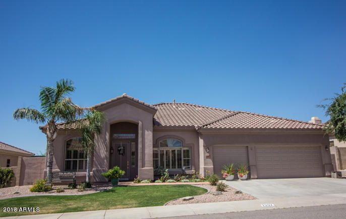 Photo of 1207 W SALTSAGE Drive, Phoenix, AZ 85045