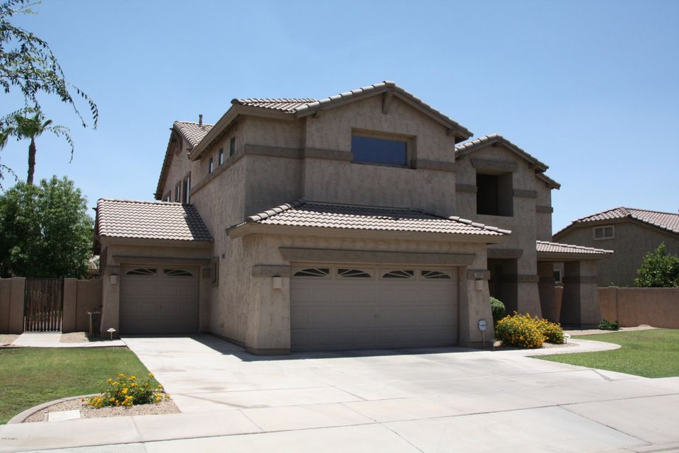 Photo of 319 W KINGBIRD Drive, Chandler, AZ 85286