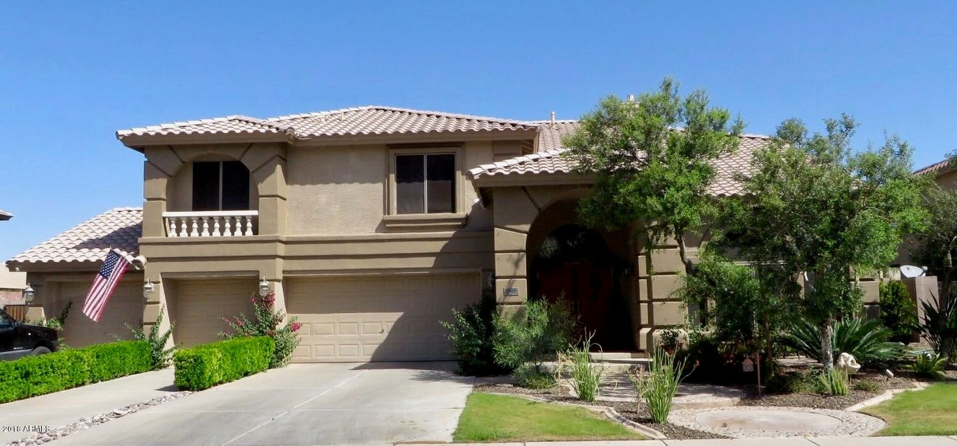 Photo of 1428 E CANYON Way, Chandler, AZ 85249