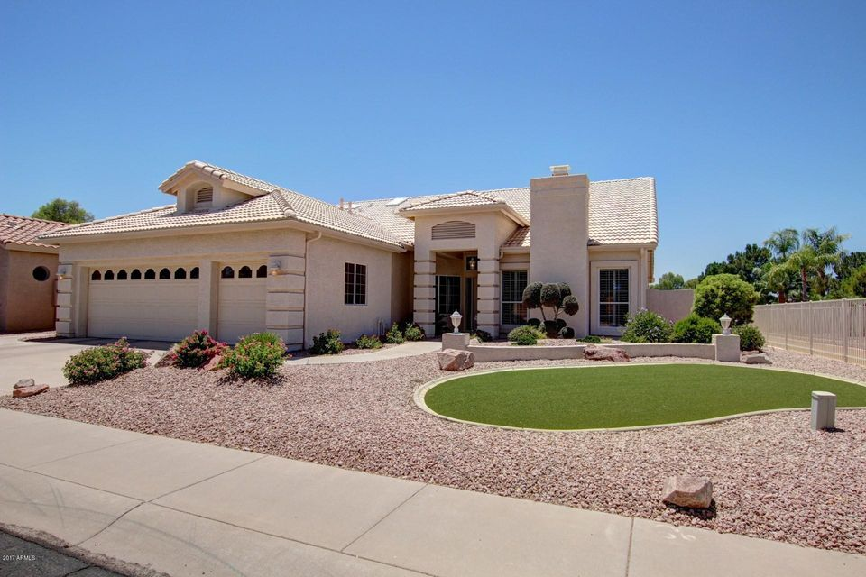 Photo of 5140 S TANGLEWOOD Drive, Chandler, AZ 85248