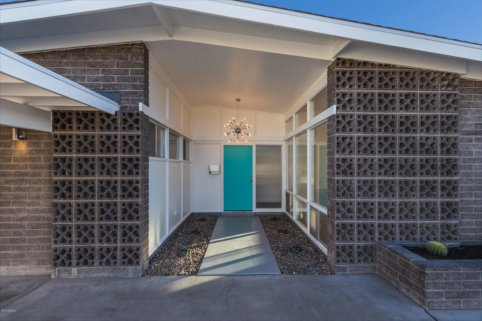 Photo of 1139 E BLUEBELL Lane, Tempe, AZ 85281