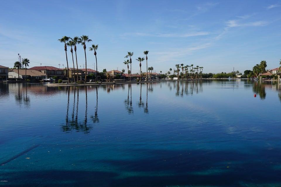 MLS 5715811 542 N MONDEL Drive, Gilbert, AZ Gilbert AZ Waterfront