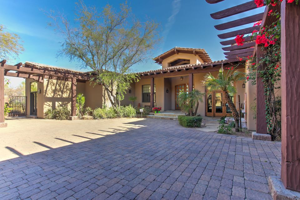 Photo of 9755 N RED BLUFF Drive, Fountain Hills, AZ 85268