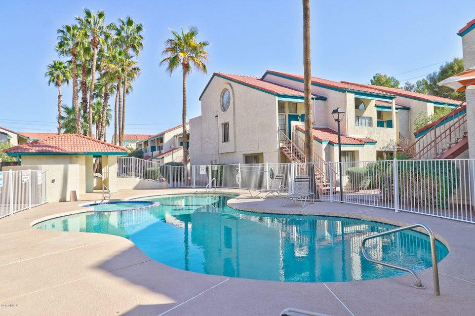 MLS 5718725 8502 N 67TH Avenue Unit 151, Glendale, AZ Glendale AZ Private Pool