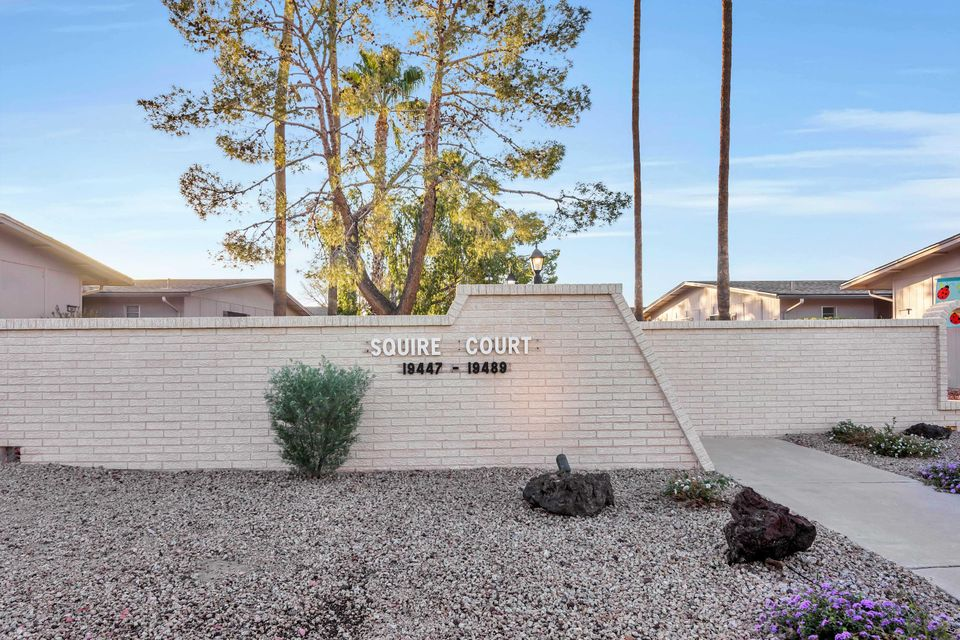 MLS 5708928 19483 N STAR RIDGE Drive, Sun City West, AZ Sun City West AZ Golf Condo or Townhome
