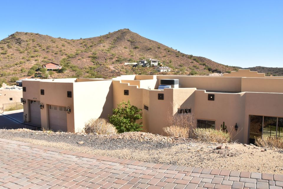 Photo of 404 E BRILES Road, Phoenix, AZ 85085