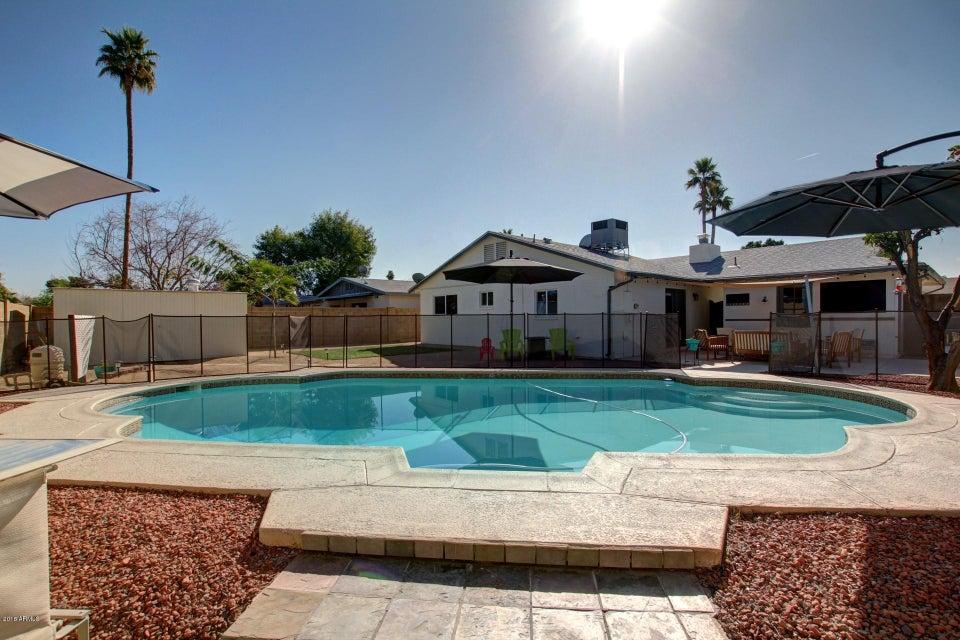MLS 5723807 2036 E ELLIS Drive, Tempe, AZ Tempe AZ Private Pool