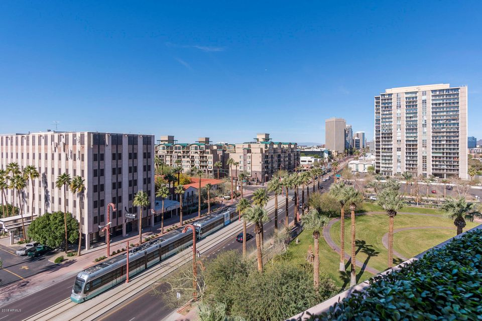 Additional photo for property listing at 2201 N Central Avenue 2201 N Central Avenue Phoenix, Arizona,85004 United States