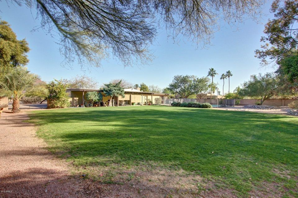 MLS 5720236 5532 N 40TH Street, Paradise Valley, AZ 85253 Paradise Valley AZ Camelback Country Estates