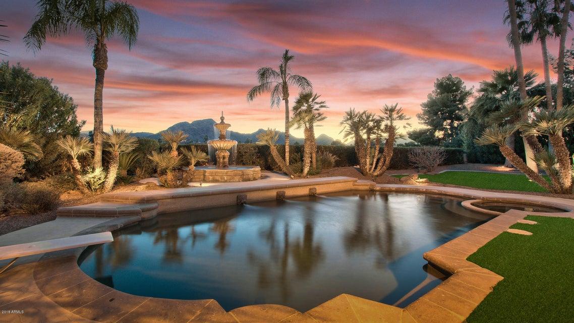 Photo of 6271 E HORSESHOE Road, Paradise Valley, AZ 85253