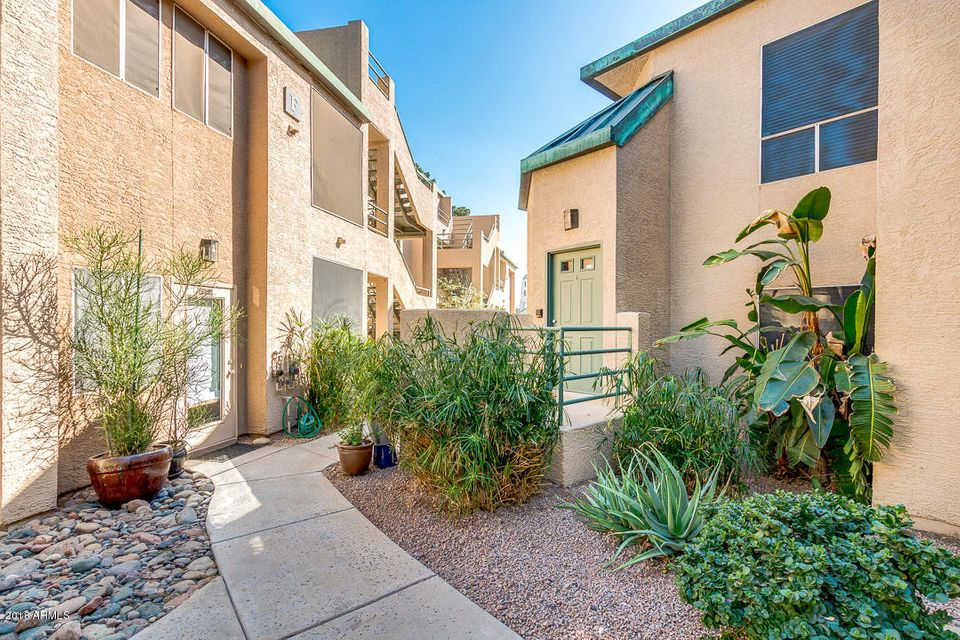 Photo of 101 N 7TH Street #221, Phoenix, AZ 85034