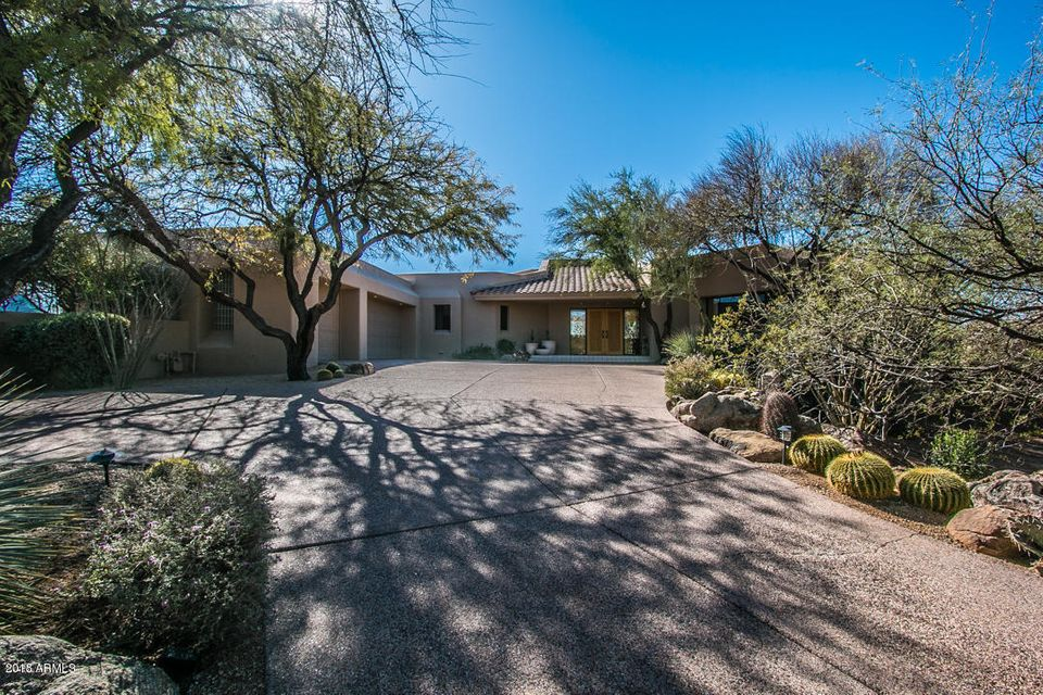 Photo of 10665 E PALO BREA Drive, Scottsdale, AZ 85262