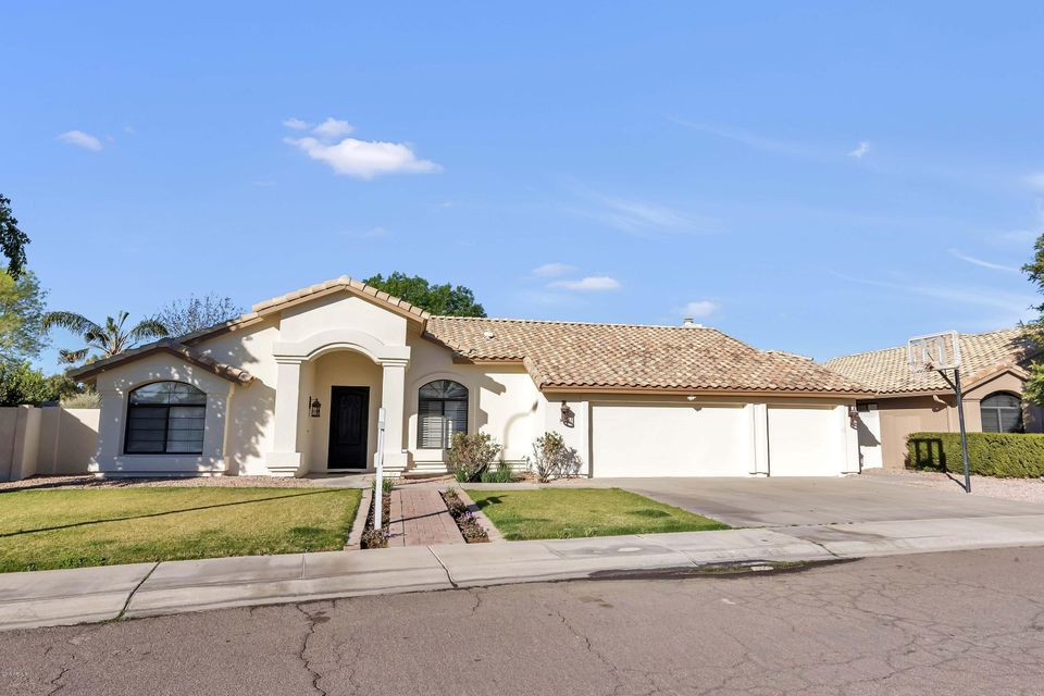 Photo of 1350 N LOS FELIZ Drive, Chandler, AZ 85226