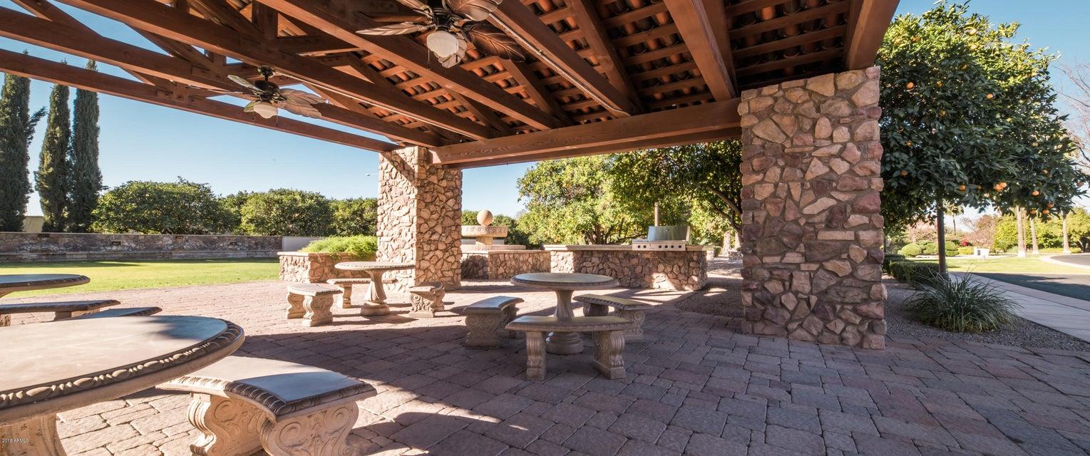 2127 N Pomelo Street Mesa, AZ 85215 - MLS #: 5704641