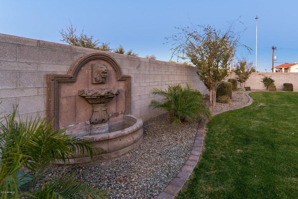 MLS 5722124 674 W Mulberry Drive, Chandler, AZ 4 Bedrooms