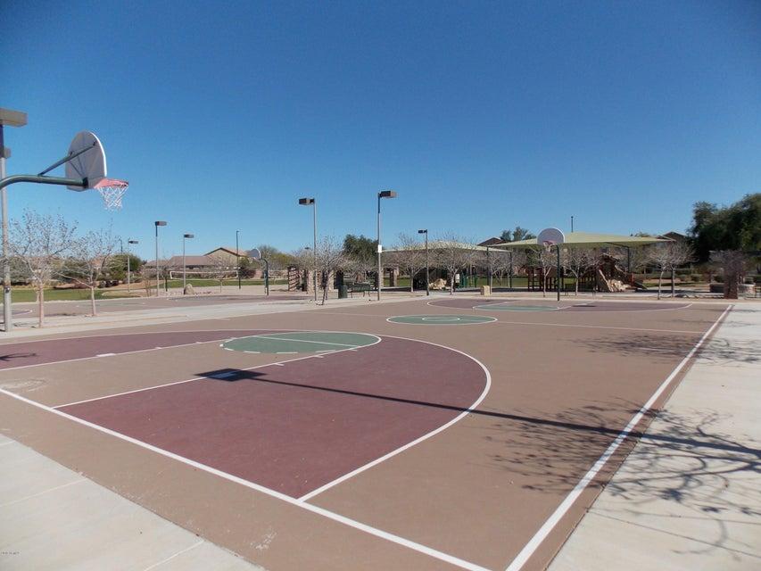 MLS 5721596 2922 E JANELLE Way, Gilbert, AZ 85296 Shamrock Estates
