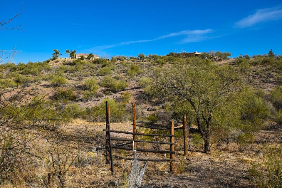 MLS 5720899 520 W Via Solana Drive, Wickenburg, AZ Wickenburg AZ Equestrian