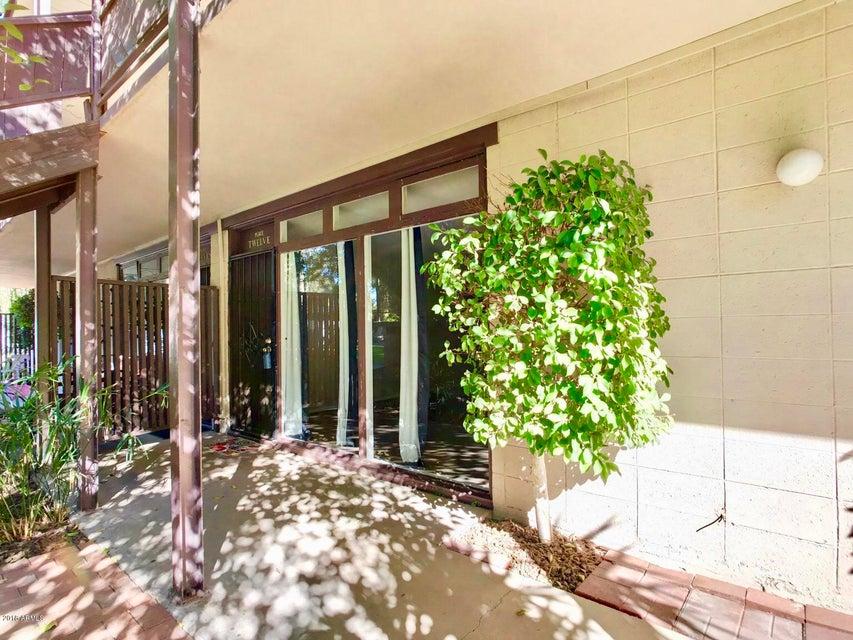 Photo of 1101 E BETHANY HOME Road #12, Phoenix, AZ 85014