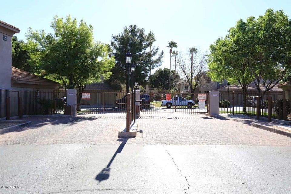 MLS 5721367 7401 W ARROWHEAD CLUBHOUSE Drive Unit 2046, Glendale, AZ Glendale AZ Gated