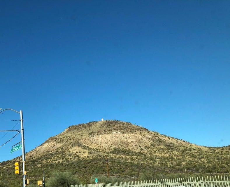 MLS 5721644 1974 W SAXONY Road, Tucson, AZ Tucson AZ Scenic