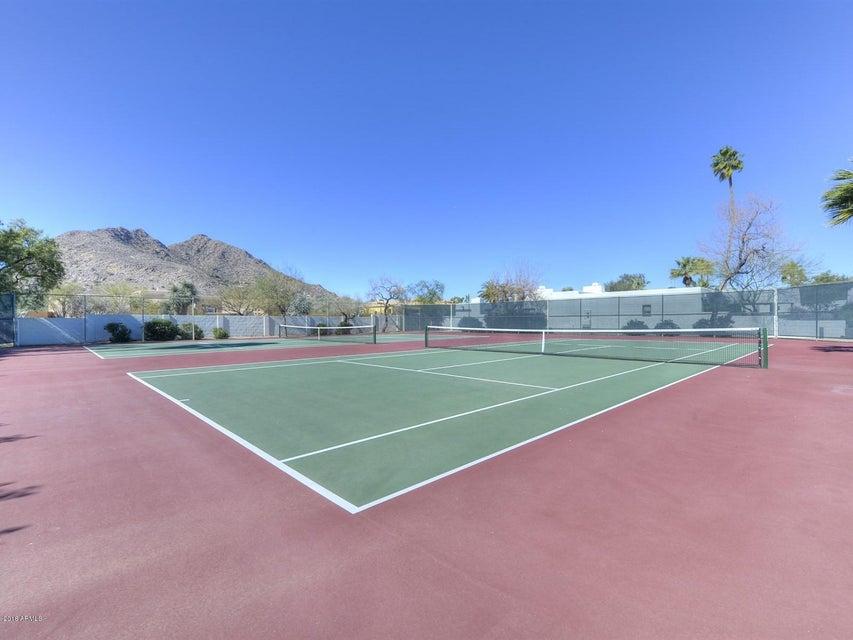MLS 5721737 5101 N CASA BLANCA Drive Unit 206, Paradise Valley, AZ Paradise Valley AZ Luxury