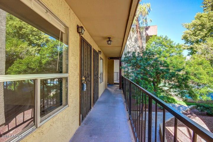 Photo of 461 W Holmes Avenue #212, Mesa, AZ 85210