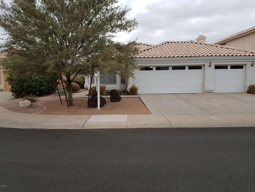 Photo of 1719 E COMMONWEALTH Circle, Chandler, AZ 85225