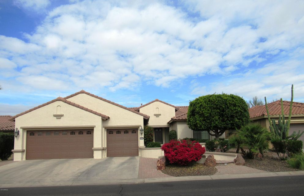 Photo of 16030 W CAMBRIDGE Avenue, Goodyear, AZ 85395