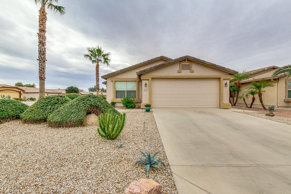 Photo of 3971 E RUNAWAY BAY Place, Chandler, AZ 85249