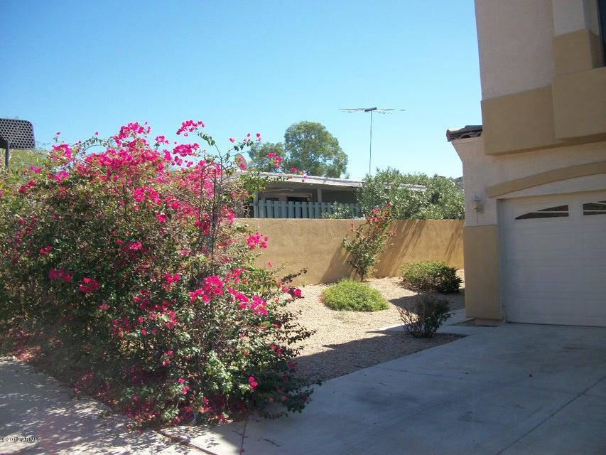 Photo of 1521 E TURQUOISE Avenue #A, Phoenix, AZ 85020
