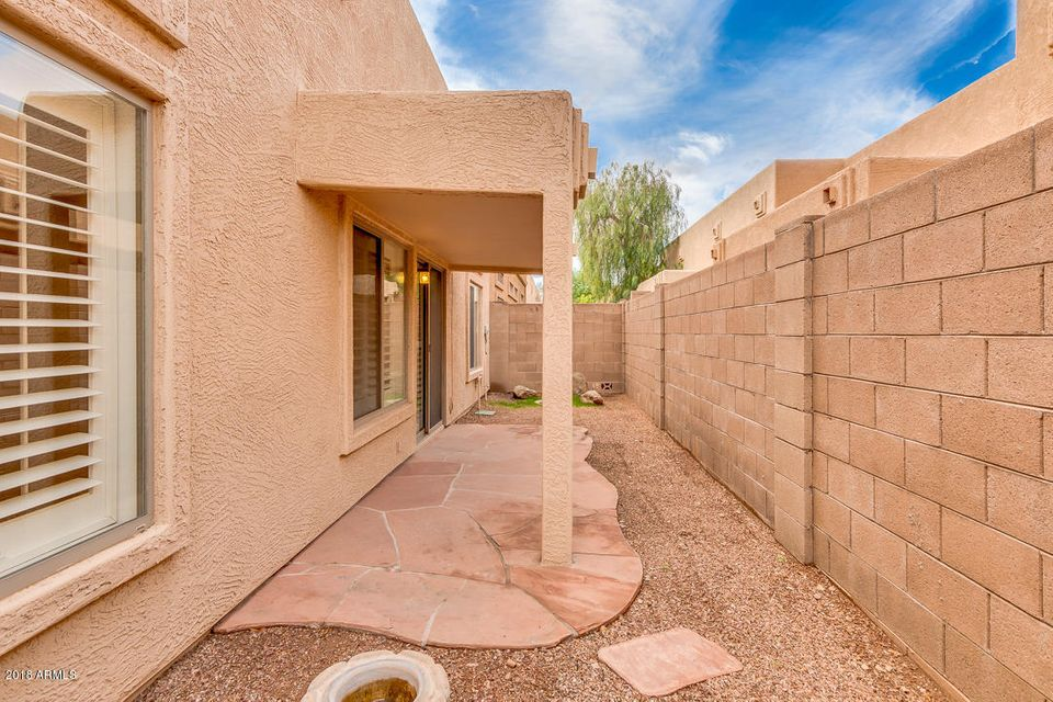 MLS 5724452 1650 S CRISMON Road Unit 5, Mesa, AZ Mesa AZ Luxury
