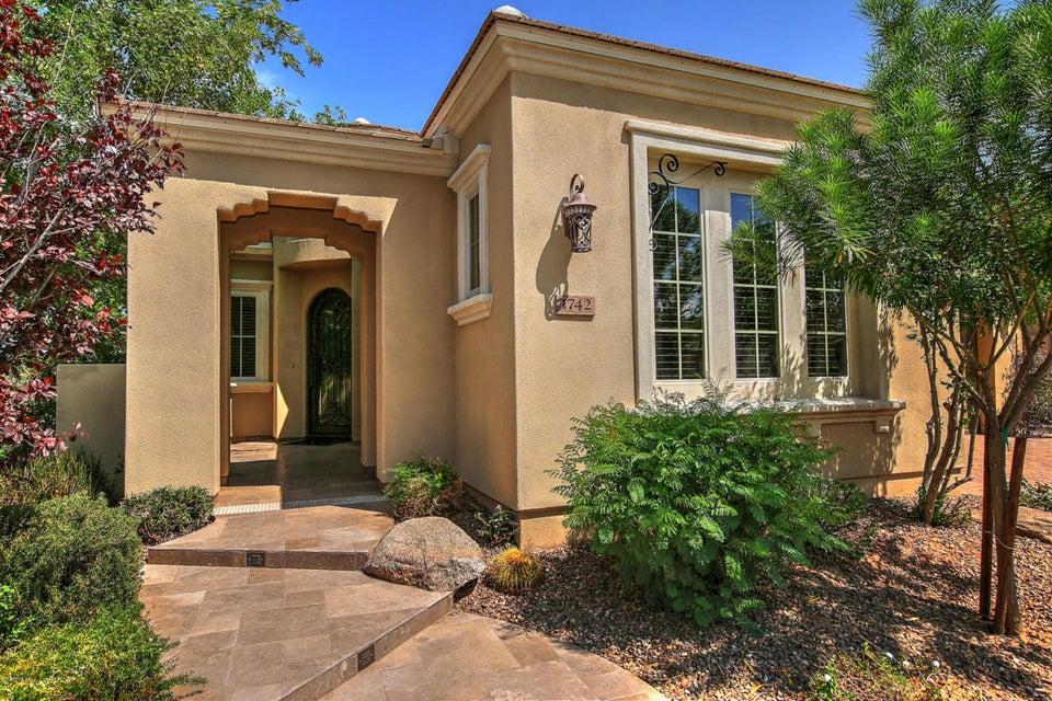 1742 E AZAFRAN Trail San Tan Valley, AZ 85140 - MLS #: 5724885