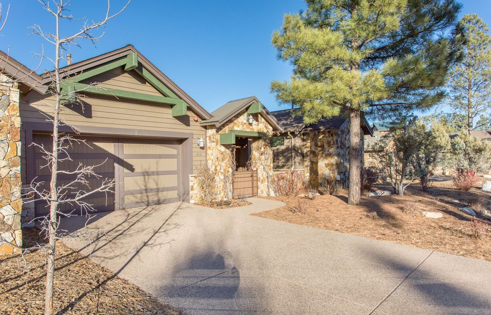 Photo of 1483 E CASTLE HILLS Drive, Flagstaff, AZ 86005