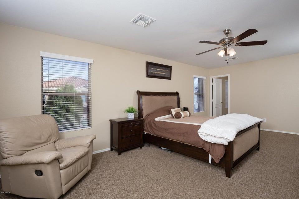 2725 S SOUTHWIND Drive Gilbert, AZ 85295 - MLS #: 5725015