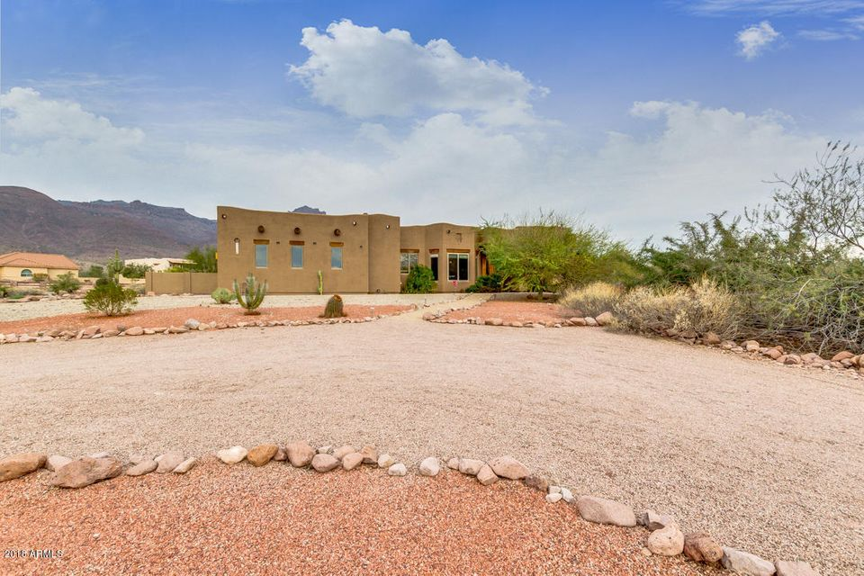 MLS 5724992 9655 E SAGUARO SUMMIT Court, Gold Canyon, AZ Gold Canyon AZ Equestrian