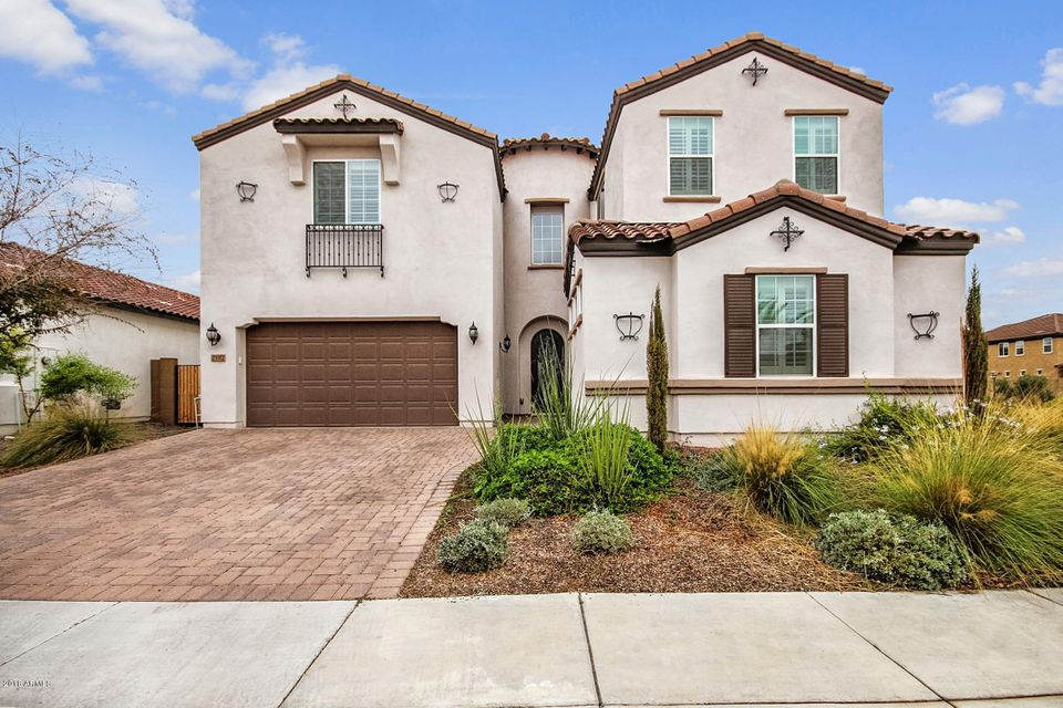 Photo of 2102 E KESLER Lane, Chandler, AZ 85225