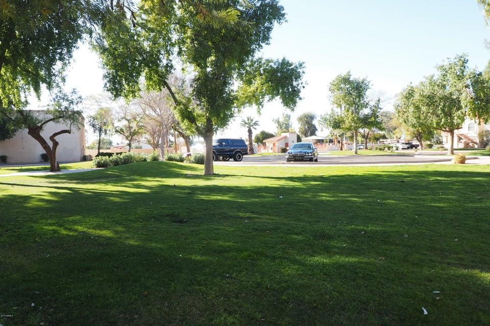 MLS 5726186 4545 N 67TH Avenue Unit 2015, Phoenix, AZ Phoenix AZ Gated