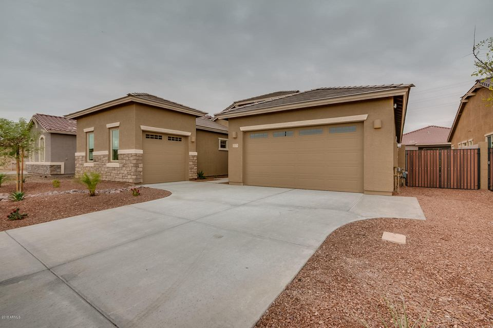 Photo of 3373 S RINCON Drive, Chandler, AZ 85286