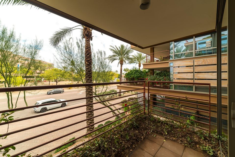7161 E RANCHO VISTA Drive Unit 2009 Scottsdale, AZ 85251 - MLS #: 5722302