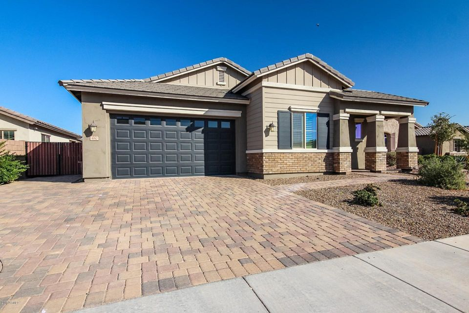 Photo of 480 E TORREY PINES Place, Chandler, AZ 85249