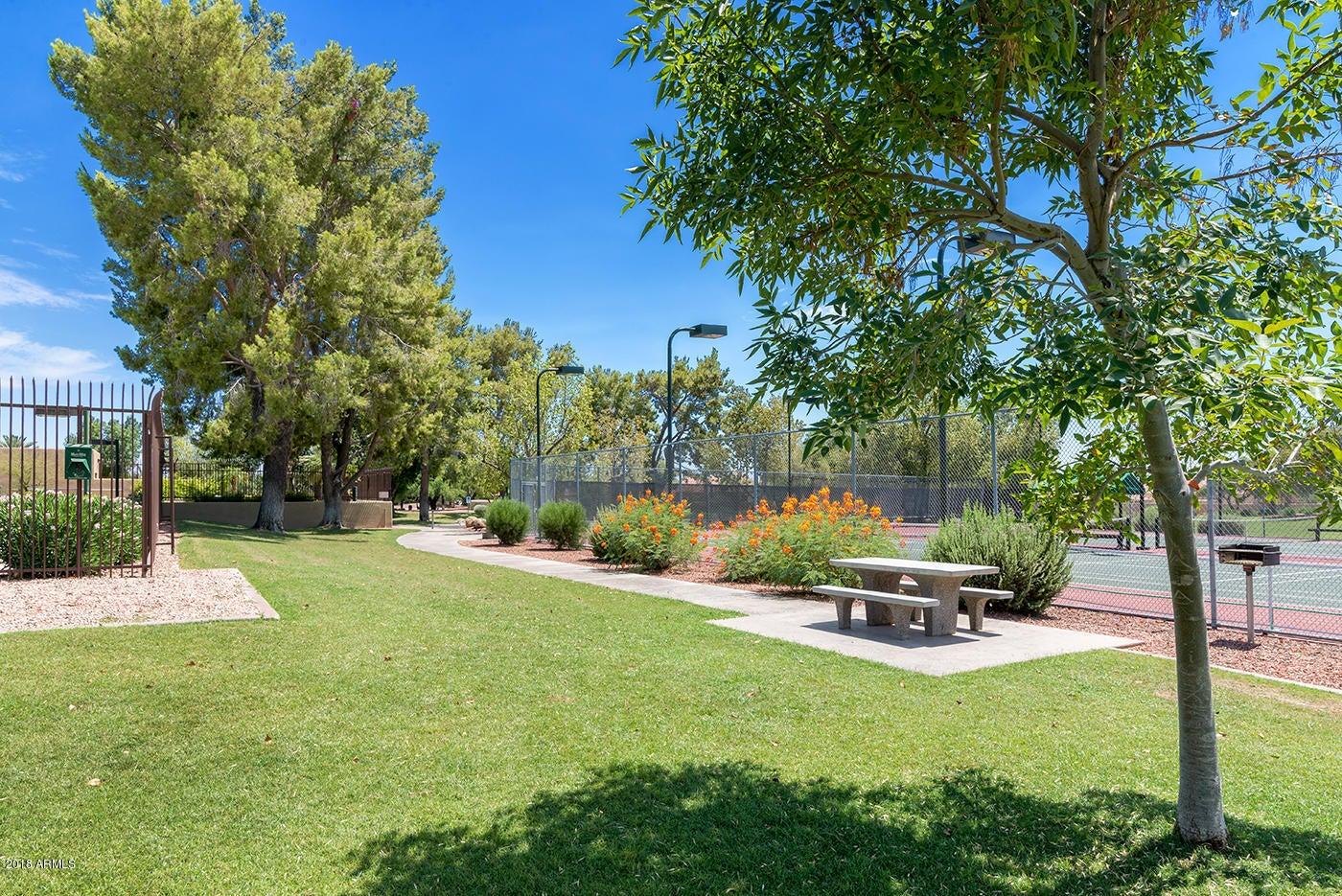 MLS 5728674 15232 S 40TH Street, Phoenix, AZ Phoenix AZ Waterfront