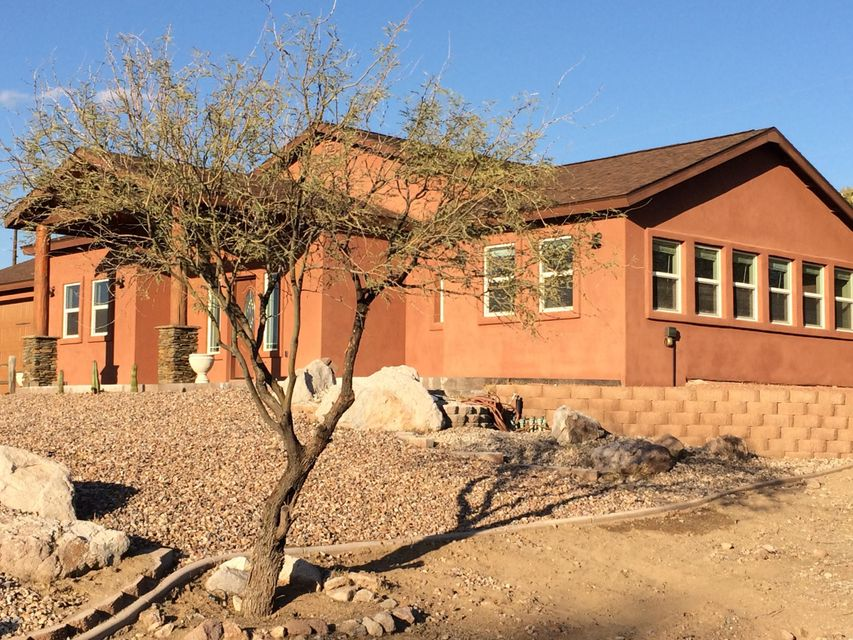 Photo of 881 N ISABELLA Street, Queen Valley, AZ 85118